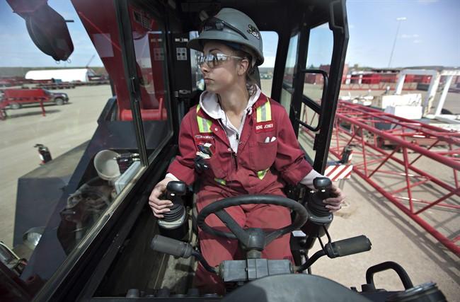 В поисках работы канадцы идут на запад